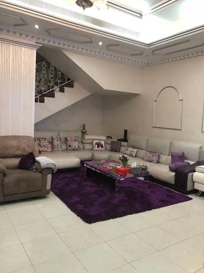 فیلا 4 غرف نوم للبيع في الجافلية، دبي - فيلا للبيع لقطه بالجافليه دبي قريبه من شارع الشيخ زايد والجميرا