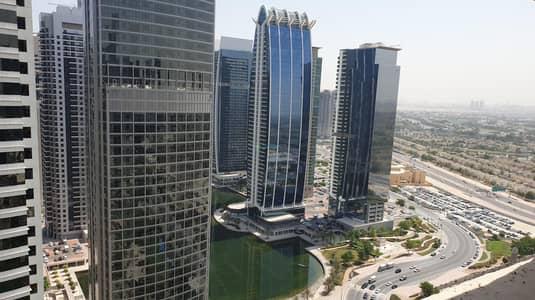 شقة 2 غرفة نوم للبيع في أبراج بحيرات الجميرا، دبي - Motivated Seller | 2 Bedroom Rented Unit | Good Yield