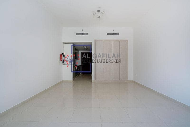 2 Chiller Included | MONTHLY INTALLMENTS | ALL AMENITIES | NEAR METRO
