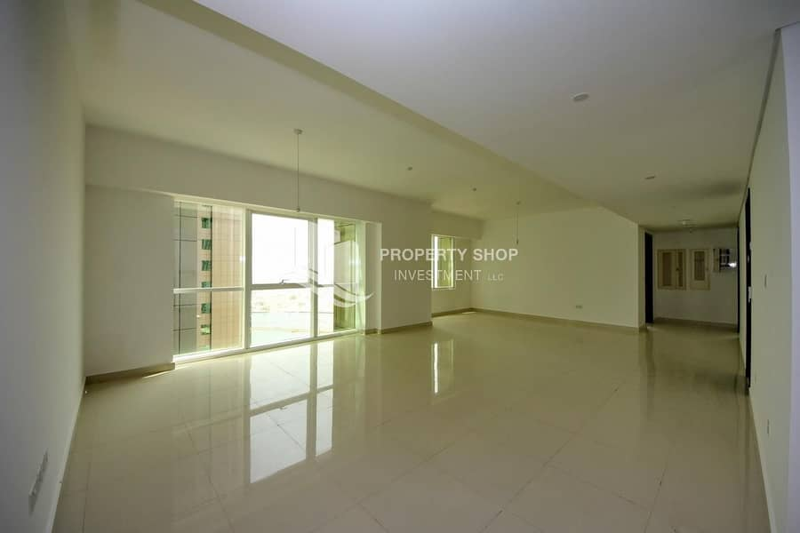 2 Hot Deal | Sea & City Views|Ready To Move In | 3 Cheques | Huge Layout