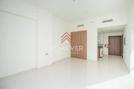 استوديو  للايجار في داماك هيلز (أكويا من داماك)، دبي - Refreshing Pool View Pristine Studio  Huge Balcony