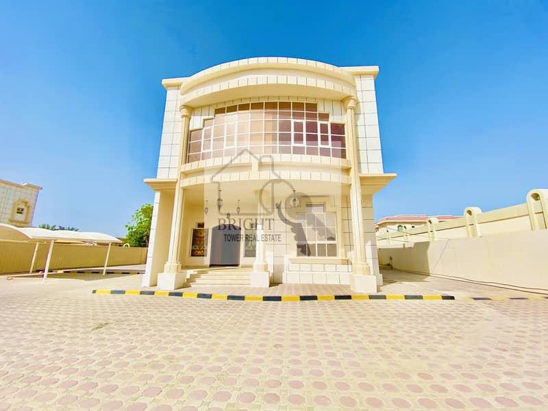 Spacious 4 Bedroom  Villa in Al Zakher