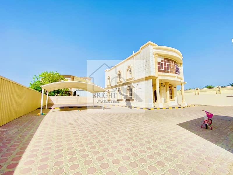 2 Spacious 4 Bedroom  Villa in Al Zakher