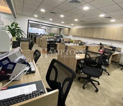 مکتب  للايجار في ديسكفري جاردنز، دبي - Emaar Square | Fully Fitted | Furnished