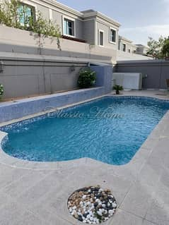 Well maintained Villa! 3 Bedroom + Maid's Room/New World Style/Private Pool