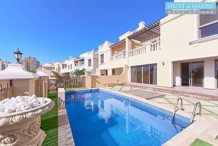 تاون هاوس 4 غرف نوم للايجار في قرية الحمراء، رأس الخيمة - A Stunning Family Home - Upgraded with Private Pool