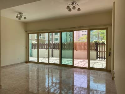2 Bedroom Apartment for Rent in The Greens, Dubai - Pool View / 2 BHK plus Study  with Courtyard