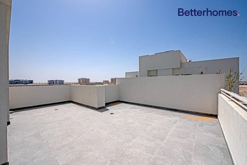 2 Single row | Huge terrace | With Appliances