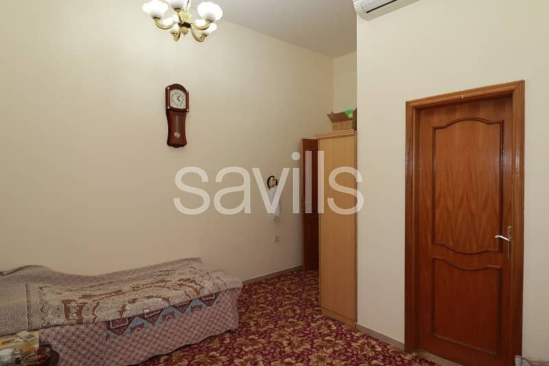 20 Ready to move in  6 BED villa   Swimming pool