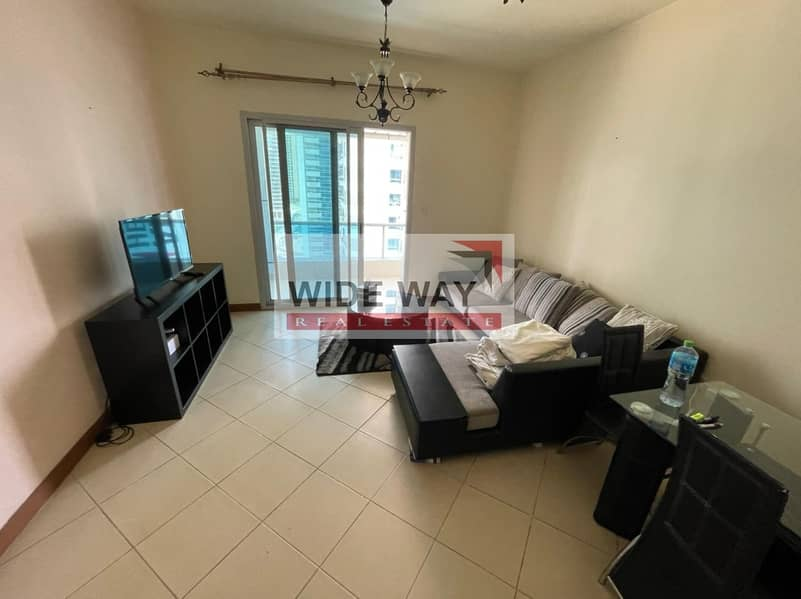 *Well Maintained 1BR w/Partial Sea and Marina View