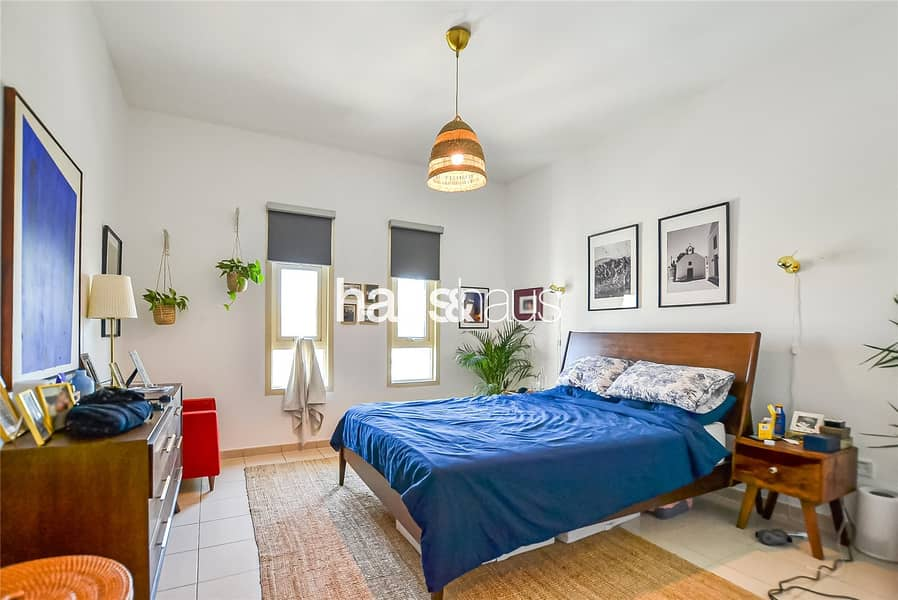 10 2 Bed and Study | Excellent Condition | High Floor