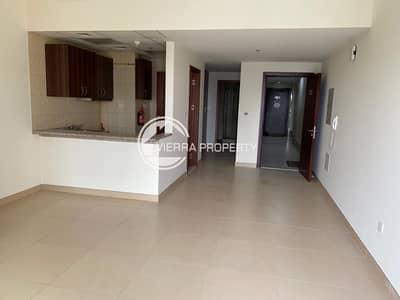 استوديو  للايجار في مدينة دبي الرياضية، دبي - chiller Free | High Floor | Balcony  | Lake view