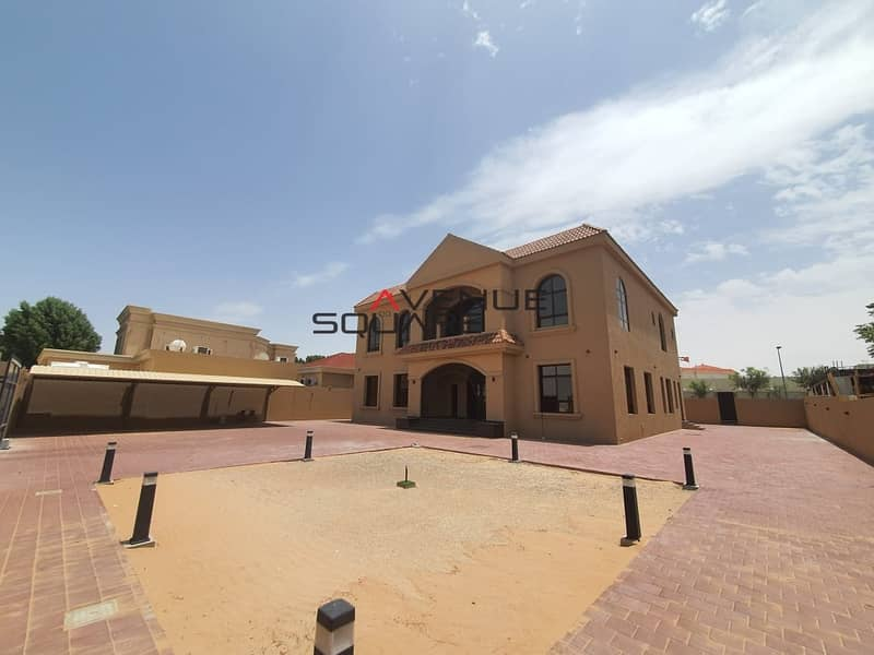 Stand alone  villa  Brand new and spacious