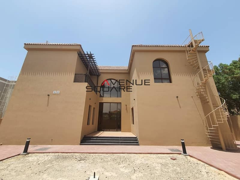 33 Stand alone  villa  Brand new and spacious