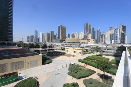 1 Bedroom Flat for Sale in Jumeirah Lake Towers (JLT), Dubai - Spacious 1BR Unit | Ready by June
