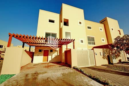 4 Bedroom Townhouse for Sale in Al Raha Gardens, Abu Dhabi - Motivated Seller | Corner Single Row | Rent Refund