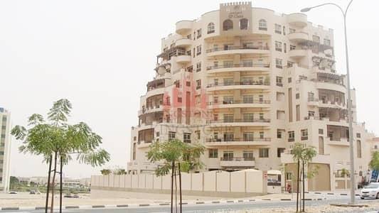 فلیٹ 1 غرفة نوم للايجار في واحة دبي للسيليكون، دبي - Large 1 BHK Apt. + Maid's Room and Closed Kitchen