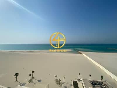 5 Bedroom Penthouse for Sale in Saadiyat Island, Abu Dhabi - Sea View World Class Lavish Living  in great COM
