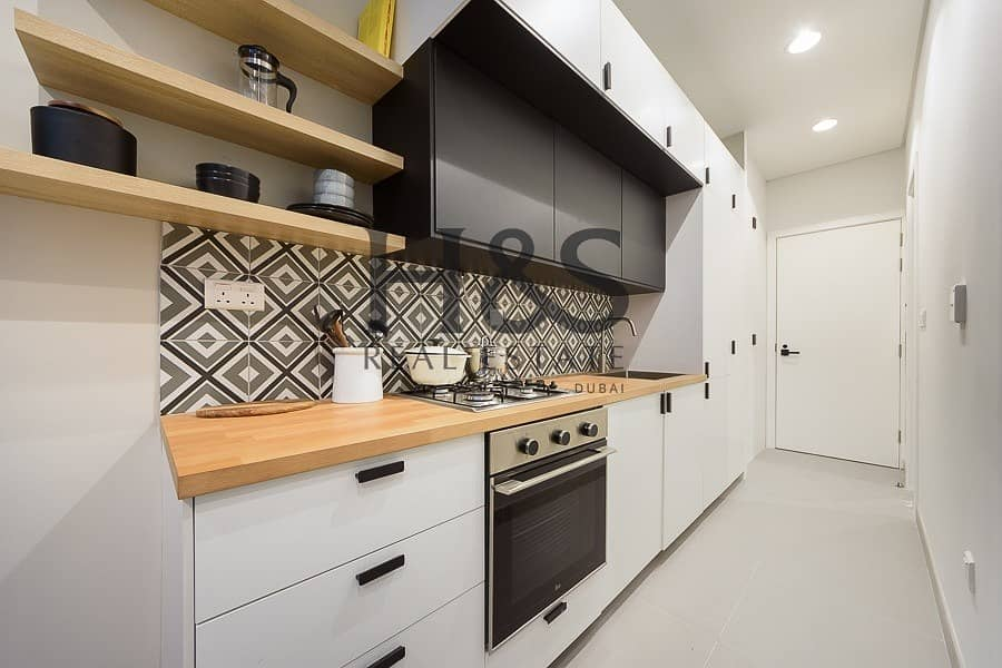 2 Limited Offer I Stunning Studio I  Great Layout