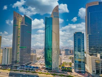 3 Bedroom Apartment for Rent in Sheikh Zayed Road, Dubai - High floor|Huge apartment with stunning views