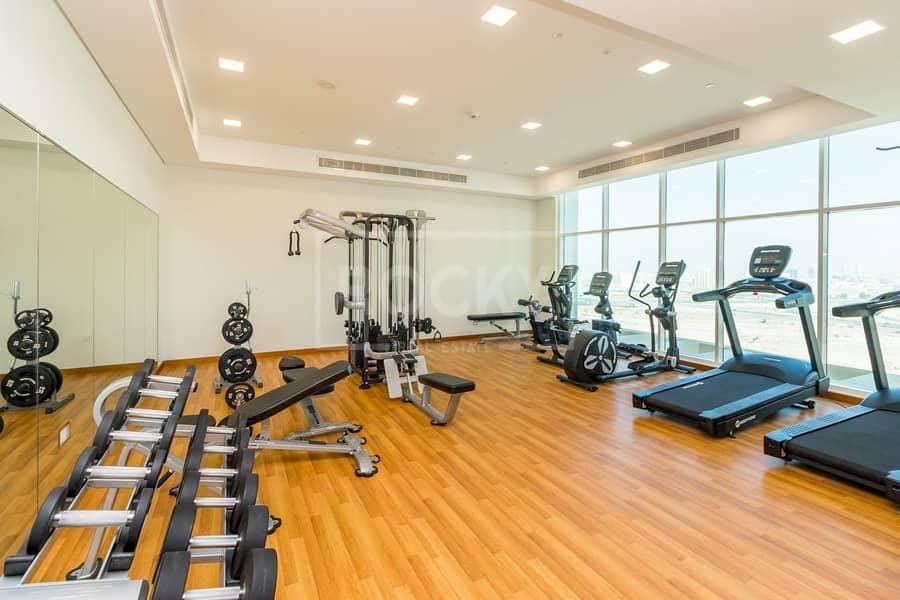 16 Large Size | Full facilities | Close Kitchen | Maintenance Fee