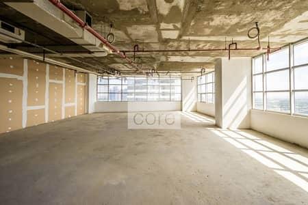 طابق تجاري  للايجار في أبراج بحيرات الجميرا، دبي - Shell and Core | 12 Cheques Payment | Half Floor