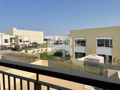 2 Bedroom Townhouse for Rent in Dubai South, Dubai - Brand New |2BR Stacked House | Urbana II