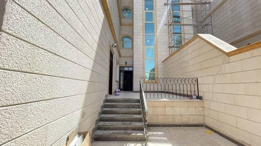 فیلا 6 غرف نوم للايجار في بين الجسرين، أبوظبي - Best offer! Upscale 6BR | Well-kept & Maintained!