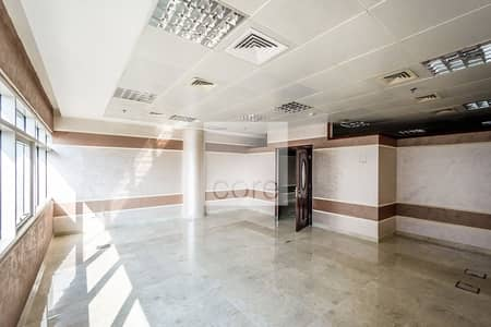 مکتب  للايجار في ديرة، دبي - Vacant Office | CAT A Fitted | Mid Floor