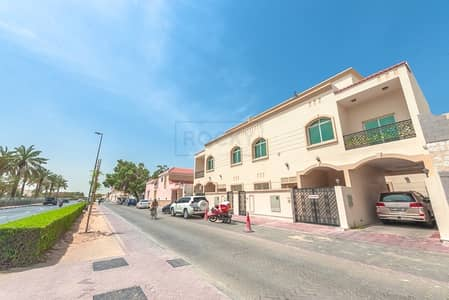 فیلا 3 غرف نوم للايجار في السطوة، دبي - Adorable 3 B/R Compound Villa with Split Unit | Prime Location | Satwa