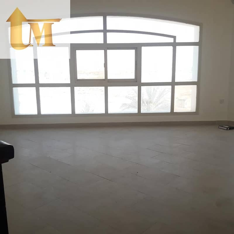 4 Bed villa Al Warqa 170k/1 Cheque Only For Family Or Executive Staff