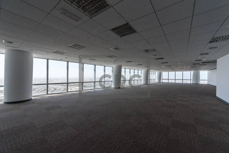 2 Fitted Flooring and Ceiling | Mid Floor |
