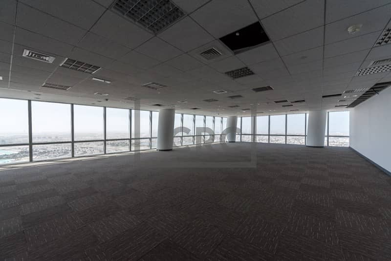 22 Fitted Flooring and Ceiling | Mid Floor |