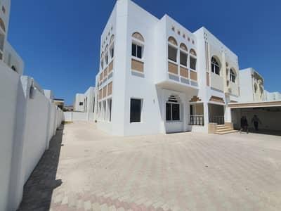 فيلا تجارية 5 غرف نوم للايجار في جميرا، دبي - commercial 5bhk villa in Jumeirah rent is 650k