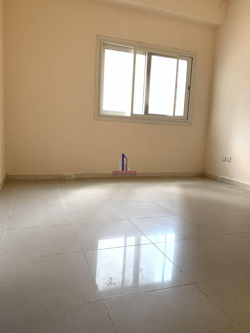 12 1 month free 2bhk with balcony rent 26k only in 6chqs