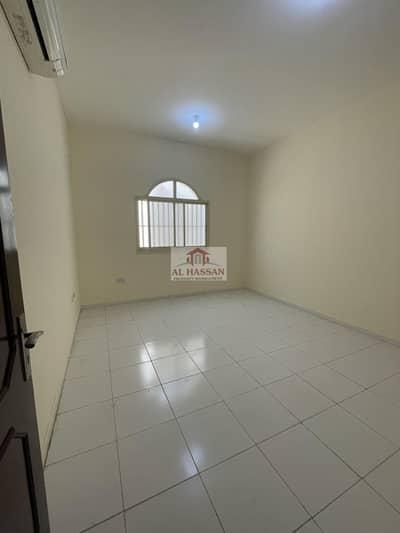 2 Bedroom Flat for Rent in Al Shamkha, Abu Dhabi - Superb 2 Bedrooms Hall on Ground Floor in Villa at Al Shamkha