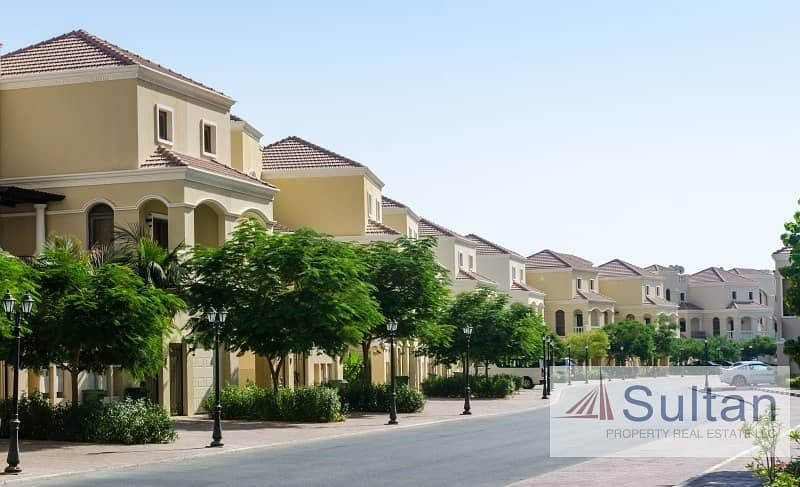 Spectacular View 4BR TA townhouse in Al Hamra Village