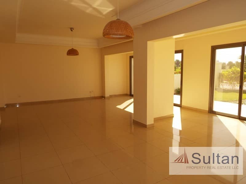 2 Spectacular View 4BR TA townhouse in Al Hamra Village