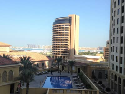 Studio for Rent in Jumeirah Beach Residence (JBR), Dubai - Large Studio in Murjan 2 JBR with Great Amenities | Sea View | 6 Cheques!