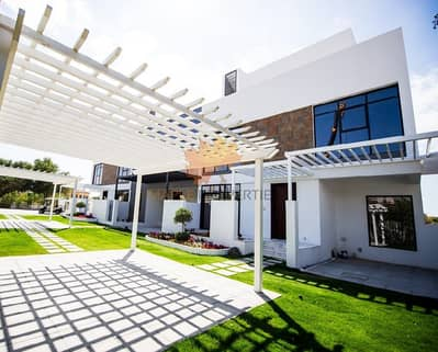 4 Bedroom Townhouse for Sale in Jumeirah Golf Estate, Dubai - Brand New Ready To Move-in Townhouses || Golf & Lake View