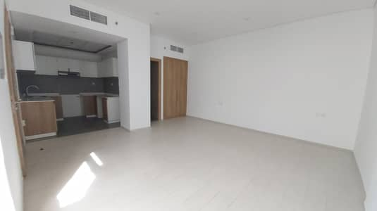 Studio for Rent in Arjan, Dubai - Next to Miracle Garden opposite Butterfly Park very Spacious Studio just 27k In 6 Cheques.