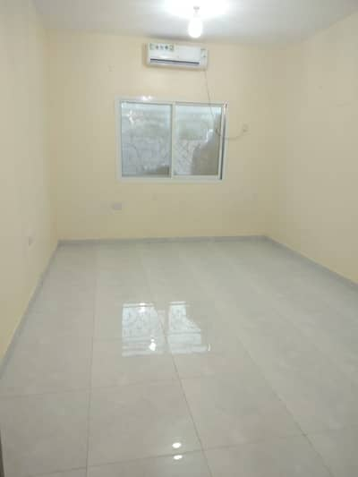 فلیٹ 1 غرفة نوم للايجار في الشامخة، أبوظبي - غرفة نوم وصالة رائعة في الشامخة