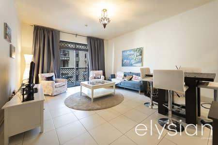 شقة 1 غرفة نوم للايجار في المدينة القديمة، دبي - Burj Khalifa View | Furnished | Pool & Gym