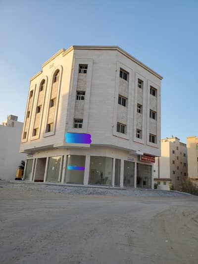 مبنی تجاري  للبيع في مويلح، الشارقة - للبيع بناية جديدة مويلح/الشارقة علي زواية