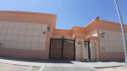 4 Bedroom Villa for Rent in Al Mutarad, Al Ain - 4bhk ground floor villa in mutraid