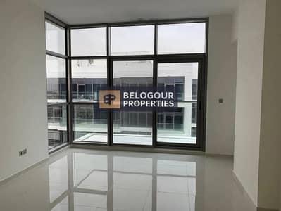 فلیٹ 1 غرفة نوم للايجار في داماك هيلز (أكويا من داماك)، دبي - Well Maintained 1br With Balcony Mid Floor