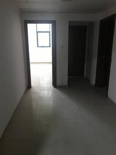 شقة 1 غرفة نوم للبيع في الراشدية، عجمان - شقة راقية و مميزة للبيع في أبراج الراشدية تتكون من غرفة و صالة و حمامين