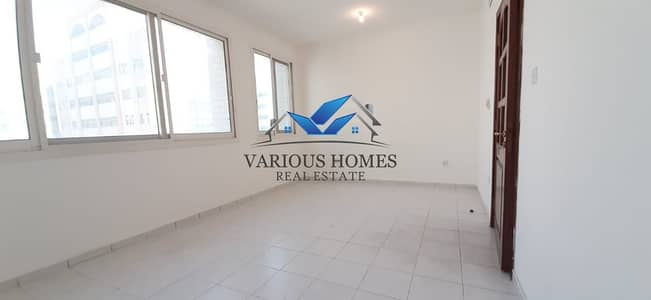 Hot Offer 1BHK 2 Washroom Apartment 40k 4 Payment Delma Street Muroor Road