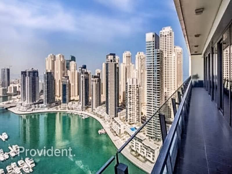 2 A Stunning Full Marina View Apartment