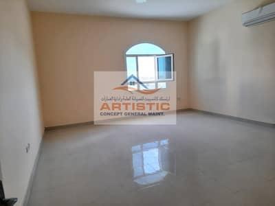 شقة 4 غرف نوم للايجار في الباھیة، أبوظبي - 04 Bedroom and hall apartment for rent  walking distance from. Deerfields mall 90000AEDll